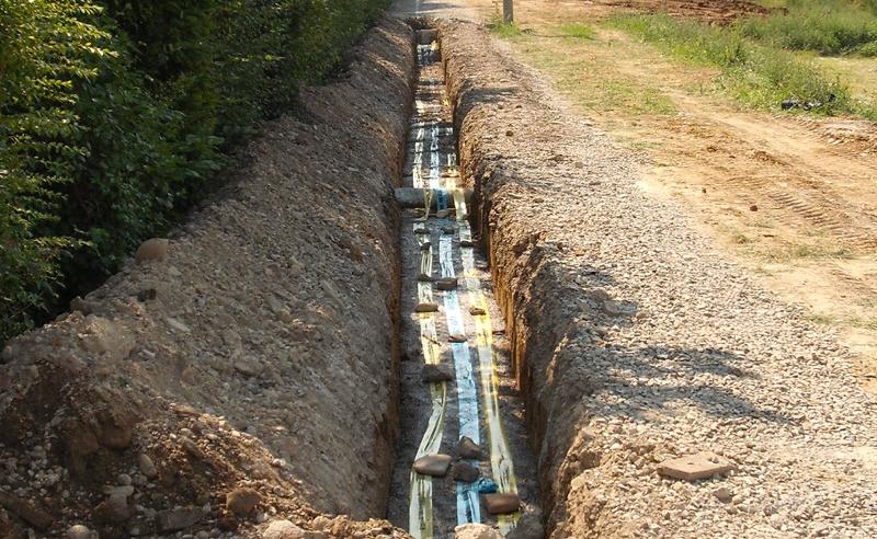 Canalizzazioni reti gas e acqua